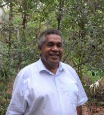 Edouard HNAWIA, Trésorier